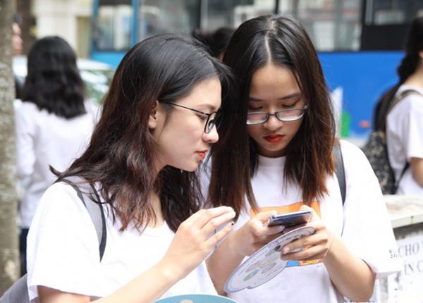 Đề thi chính thức kỳ thi THPT quốc gia năm 2019 có khó hơn đề minh họa?