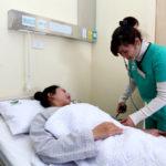 Chọn ngành điều dưỡng cần thực sự yêu nghề