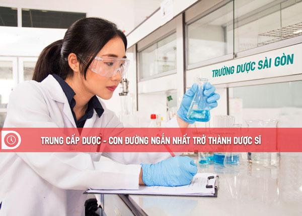 Trung cấp Dược TPHCM – Con đường ngắn để trở thành Dược sĩ