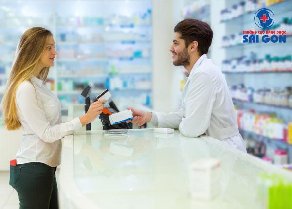 Thực hành tốt nhà thuốc là tiêu chí hàng đầu khi đào tạo dược sĩ