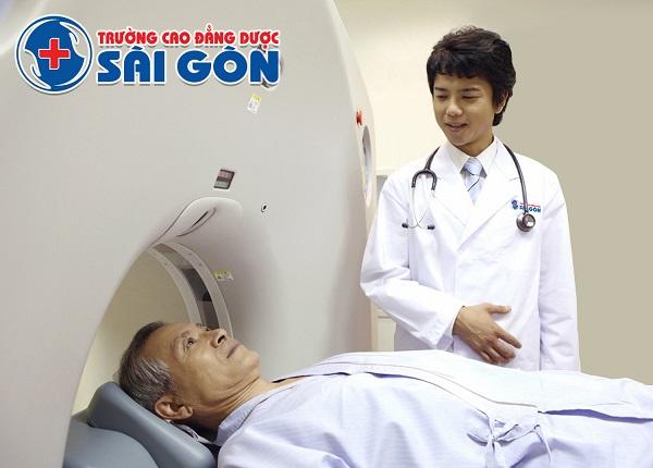 Đào tạo kỹ thuật viên hình ảnh y học chất lượng tại Sài Gòn