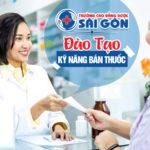 Sinh viên Cao đẳng Dược Sài Gòn được đào tạo kỹ năng bán thuốc