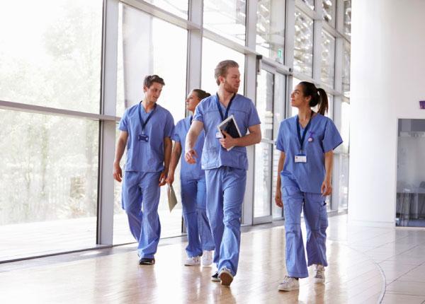Chương trình đào tạo ngành y dược gắn liền với thực hành