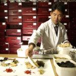 Quy định về kê đơn thuốc Đông y các y sĩ y học cổ truyền cần biết
